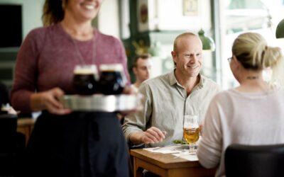 Den gode caféstemning kræver de gode ramme og det rigtige publikum.