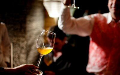 Fest og farver med perlende hvidvin