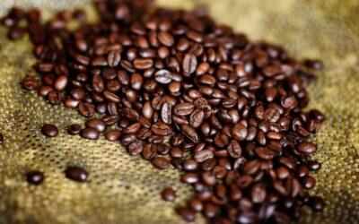 Gyldent ristede kaffebønner