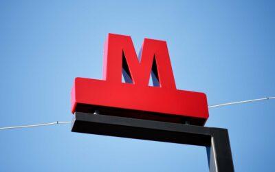 Metroselskabets flotte røde logo