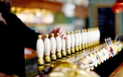 Et rigt udvalg af specialøl produceret af en lang række bryggerier