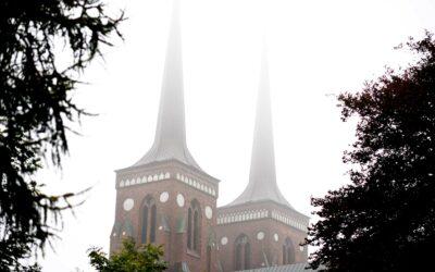 Roskilde Domkirke er en af de ti domkirker i Danmark