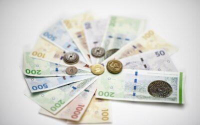 Pengesedler. Billede af friske kontanter til din betalingsside, pengesedler der knitrer