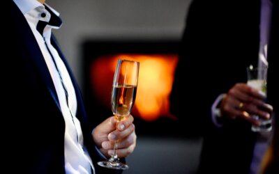 Glas of sparkling wine
