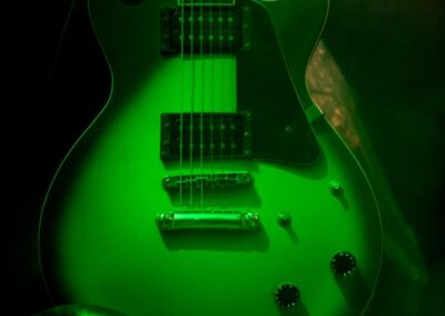 Guitar glitter
